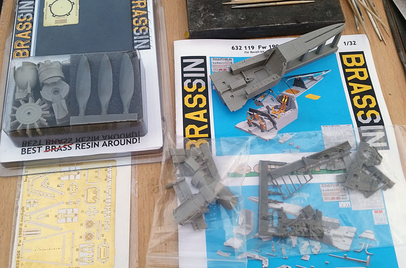 FW 190 A8/R11 1/32 revell - Page 2 FW_024